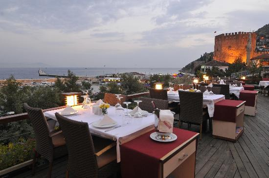 Red tower restaurant turkey travel guide for Alanya turkish cuisine