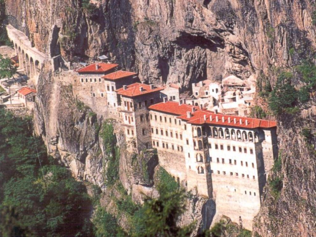 download this Sumela Monastery picture