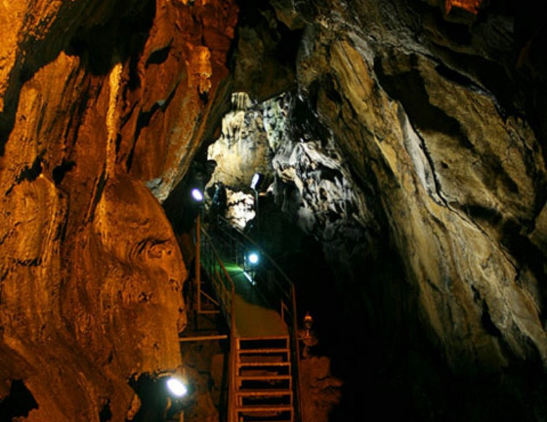 Mencilis Cave - Turkey Travel Guide